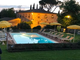 Siena San Fabiano  climatized villa with  outdoor heated pool