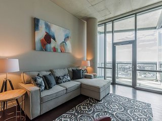 2BR Home with city views in University City
