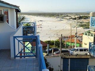 Casa em Condomínio a 50 m da Praia Grande