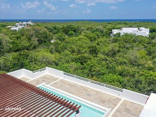 Luxury Ground Floor 2BR Condo in Akumal by Olahola