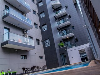 3 Bedroom Luxury Apartment In Lekki Phase 1, next to harvest restaurant