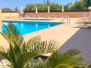 Nissi Golden Sands Villa with free WiFi and Communal pool