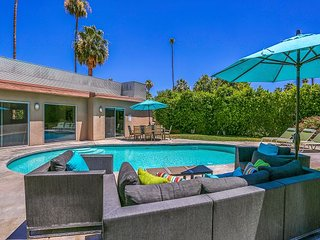 Stylish Mountain-View Oasis w/ Private Pool & Spa - Near Downtown & Golf