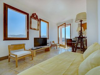 IMMOGROOM -Townhouse - A/C - Sea View terrace - Charming - CONGRESS/BEACHES