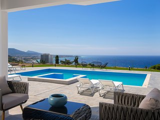 Rhodes Villa Sleeps 12 with Pool and Air Con - 5782300