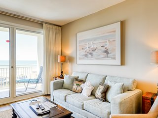 9th floor condo w/ocean views, shared pool, gym, grill - walk to the beach!