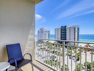 Sunny coastal condo with water/pool views - beach access & fitness center!