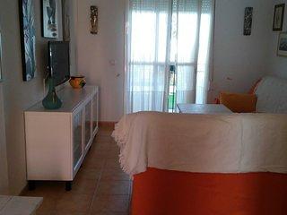 Apartamento para 5 personas con piscina en playa de la Barrosa