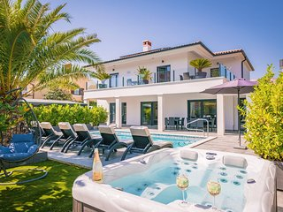 NEW Villa Elodie in Medulin