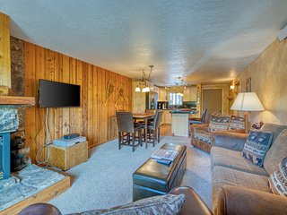 Comfy condo near Winter Park w/ shared pool, hot tub & ski shuttle!