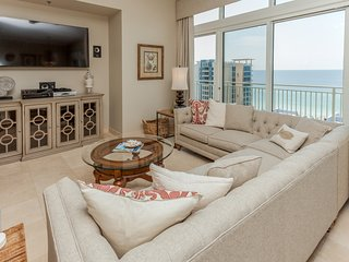 Spacious penthouse condo and private balcony, shared pool/fitness, beach access!
