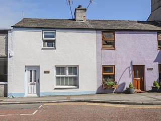 GRISIAU'R AFON, 2 Bedroom(s), Pet Friendly, Cemaes Bay