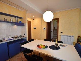 IML1024 House Pedroni 1