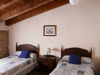 Nice house in Luco de Bordon