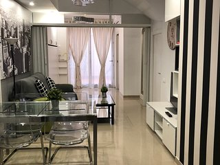 BADAROSA House 10 Min to BARCELONA City & Near To BEACH