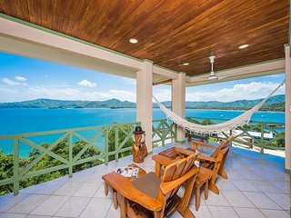 Privacy Penthouse with Spectacular Oceanview