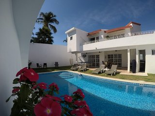 Vacation Rental  10 min away from down town Puerto Vallarta Private Pool