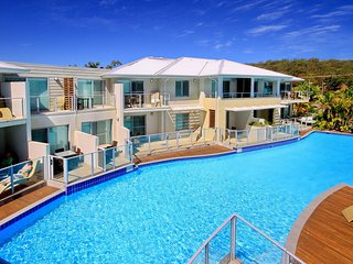 Pacific Blue Apartment, Unit 258/265 Sandy Point Road