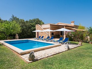 S'ALZINA - Villa for 6 people in Felanitx