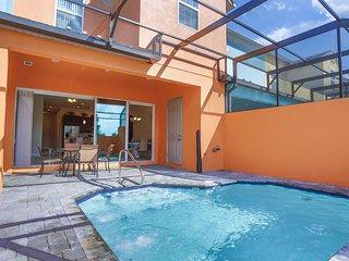Splendid Four Bedroom Home w/ Pool *Festival 154