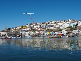 12 The Quay - Brixham - A spacious 2 bed holiday apartment with stunning sea vie