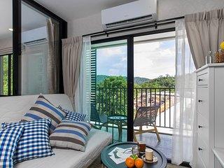 Brand new apartment near NaiYang Beach