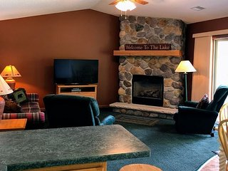 New! Deluxe Lodge Home on Little Saint Germain Lake!