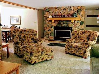 New! Treehouse Cabin on Little Saint Germain Lake in Wisconsin's Northwoods