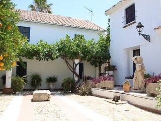 Casa de Familia, een authentiek Spaans huis waar je heerlijk kunt relaxen.