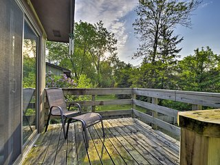 Minneapolis Home w/ Deck - 11 Mi. to Downtown