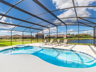 (2281-PROV) Providence 6 Bed Pool/Lake View Clubhouse Resort Pool