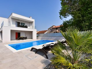 Four bedroom house Bibinje (Zadar) (K-17020)