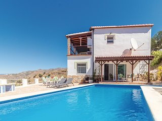 Amazing home in Arenas w/ Outdoor swimming pool, WiFi and 3 Bedrooms