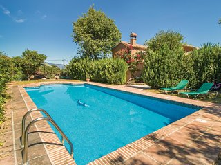 Nice home in Coín w/ Outdoor swimming pool, WiFi and Outdoor swimming pool (EAS