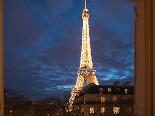 EPITOME OF LUXURY WITH UNOBSTRUCTED VIEWS OF THE EIFFEL