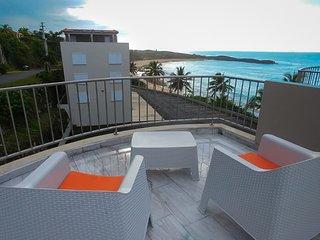 Blue Sunset Terrace Apartment