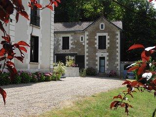 Le Château de la Barre - L'orée du bois