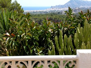 Villa up to 6 persons with beautiful private pool and sea view.