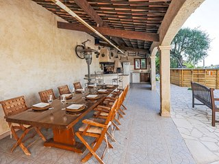 3 bedroom Villa with Pool, Air Con and WiFi - 5808199