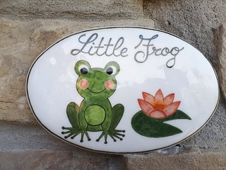 LITTLE FROG on UNESCO Piedmont Langhe Monferrato WINE HILLS. Garden BBQ pingpong