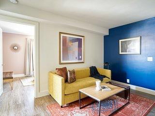 Sonder | State Street | Eclectic 1BR + Sleep Sofa