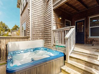 Ocean view home w/ private hot tub, balcony & grill - walk to the beach!