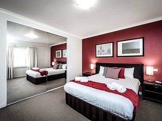 Two bedder with Parking Close to Perth City Centre