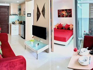 Serene 1 Bedroom Apartment in Center of Patong