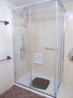 Ground floor walk in shower