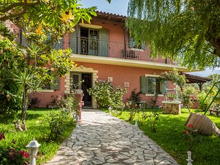Best villas Kefalonia: 3 bedroom traditional Greek house, amazing sea view