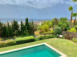 Splendid villa next to  Sotogrande with stunning views to the sea and Gibraltar