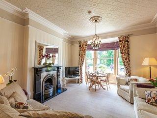 Swan View - Beautiful 1 bedroom apartment Harrogate - prime location - sleeps 3