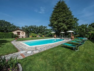 1 bedroom Villa with Pool and WiFi - 5702582