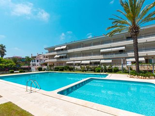 3 bedroom Apartment with Air Con and WiFi - 5808436